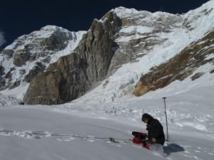 Ground penetrating radar measurement performed on Changri Nup Glacier, at 5500 m a.s.l., November 2011 (© P. Wagnon).